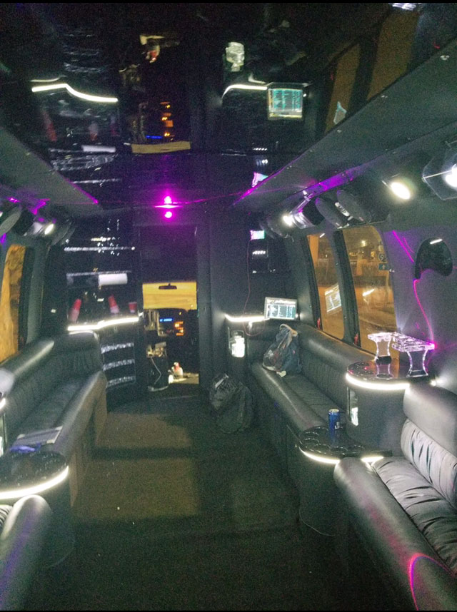 Bus-5-2-3 Party Bus 5